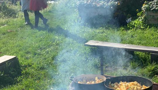 Bål, mad, suppe, fællesskaber, børn, natur